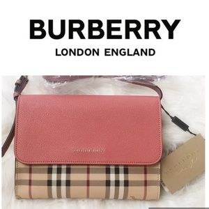 NWT Auth Burberry crossbody hay market check pink